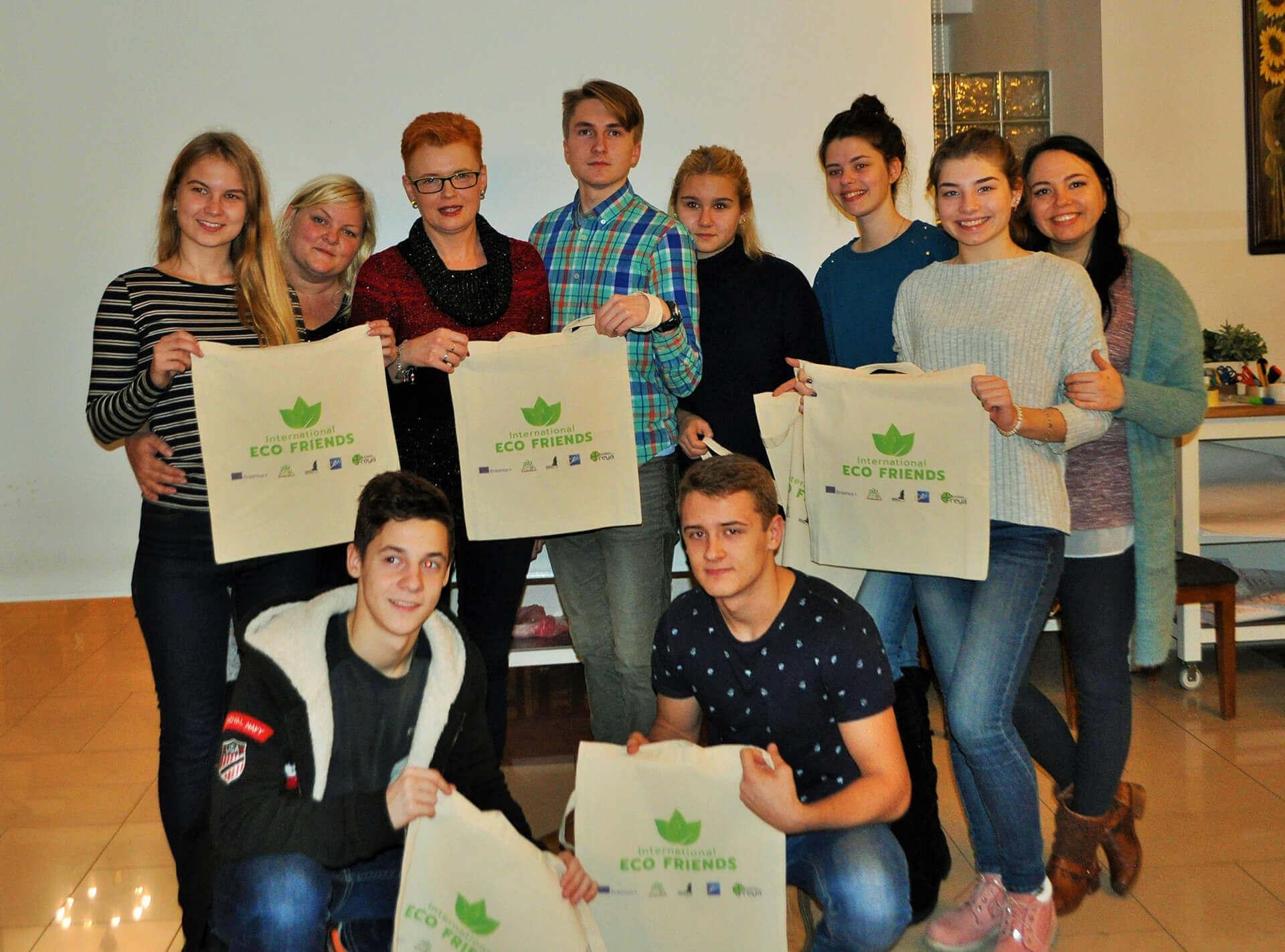 Międzynarodowy projekt młodzieżowy ECO FRIENDS Poronin – listopad 2017